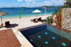 Cocotinos Sekotong is a 4-star boutique beach resort and