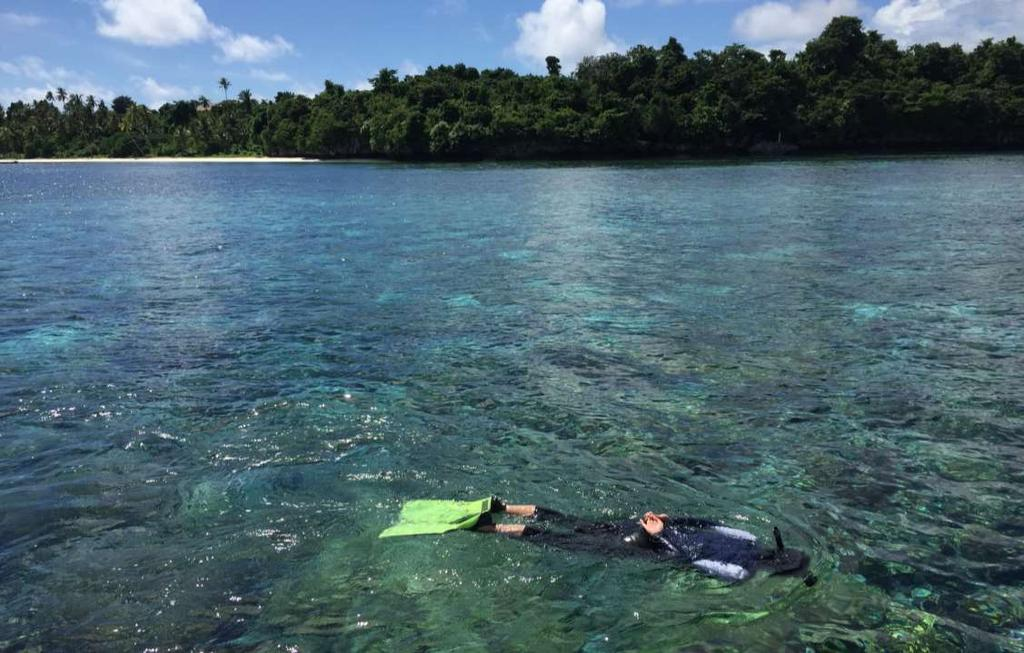 WAKATOBI NATIONAL MARINE PARK Four distinguished islands (WAngi-wangi, KAledupa, TOmia, BInongko), situated in