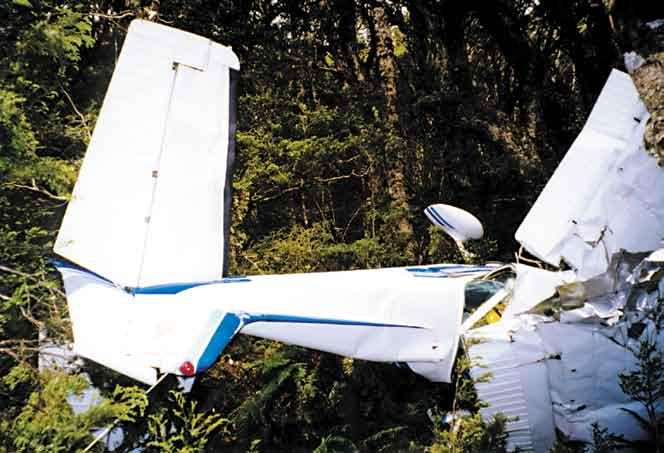 Surviving After an Accident In many serious accident situations it is likely that some, or all, of the aircraft occupants will receive injuries.