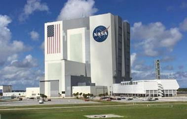 experience at mn Display f all Apll series Launch pad fr space shuttles & rckets Rcket/space shuttle assembly building (4th largest in the wrld)