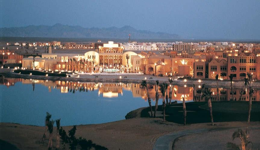 Egypt à la carte Steigenberger Golf Resort ElGouna (ElGouna) 5* Three nights four days per person in double room. On bed and breakfast basis.