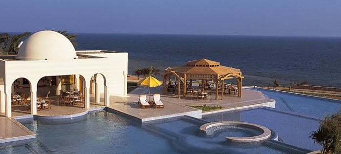 810 EGP The Oberoi SAHL Hashish Resort (Hurghada) 5* Pay 3 get the 4 th night free of charge (4 Nights 5 Days per person in double room) Four nights five days per deluxe suite
