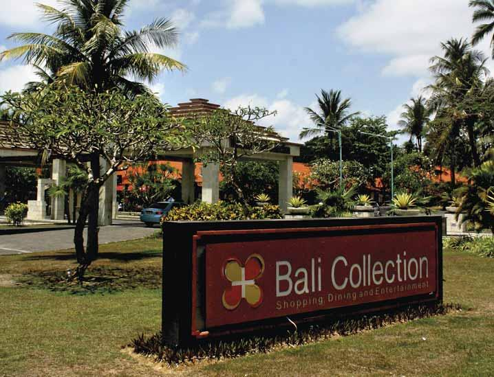 NUSA DUA FINE SHOPPING IN NUSA DUA TEXT & PHOTO BY NAMHAR HERNANTO Like the trees that line the wide, paved promenades, Bali Collection, Nusa Dua s premier shopping complex, is maturing - into a