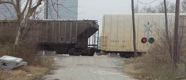 Safety & Environmental Concerns Railroad crossings blocked by stopped or slowmoving trains: Obstruct cars