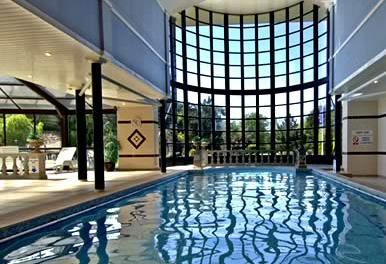 Take a dip in the heated indoor pool and whirlpool, or unwind in the sauna and steam room.