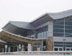 PLANNING AREA POLICIES l AIRPORT Parks and Recreation There are no outdoor park properties in the Airport area, and one indoor recreation facility: Idaho Ice World.