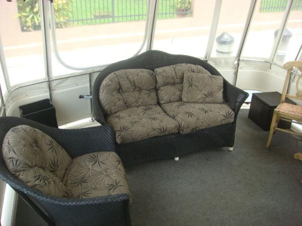 seating  sundeck