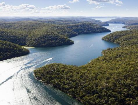 Explore Ku-ring-gai Chase National Park, Australia s second oldest National Park and home to the world s most concentrated collection of
