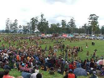 The Mt Hagen Show is Papua New Guinea s largest cultural extravaganza.