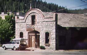 THE TRAVELER Lincoln Highway California Tours Tour 3: Sierra Nevada Northern Route On this tour, you will see: CHRIS PLUMMER Historic building in Truckee LEON SCHEGG Rainbow Bridge at Donner Pass
