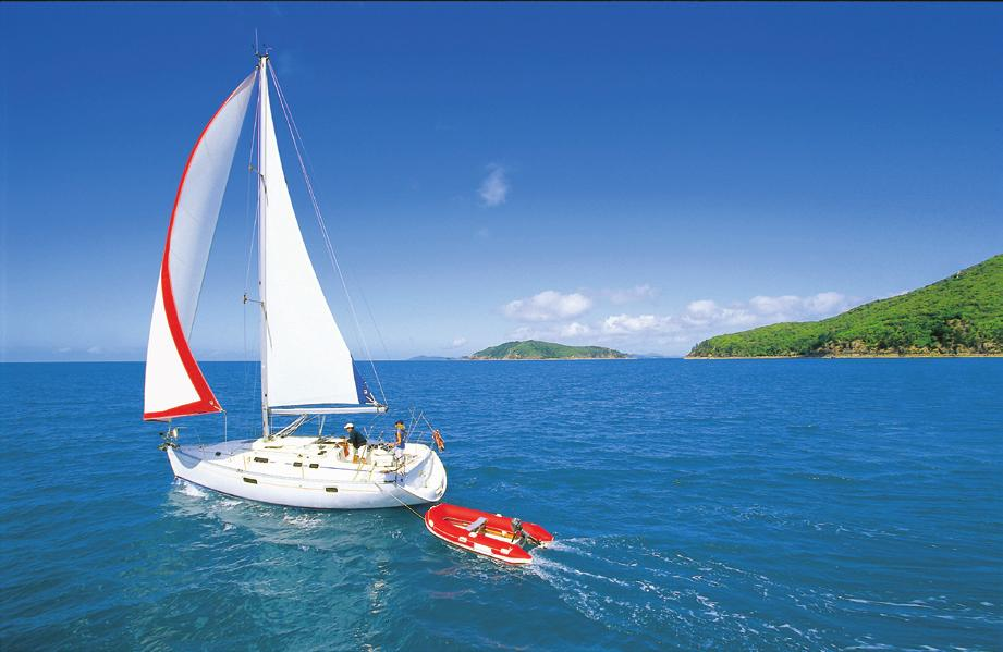 About the Whitsundays The Whitsunday Islands have long been a favourite place for both Australian and international visitors alike, drawn to it s beautiful charm, amazing views, relaxed friendly