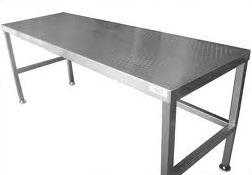 Item B-1.28 Tables Working Surface, Inox Simple Stainless Steel Tables to be used in sterile material area. 1) Heavy duty table with strong structure. 2) Maximum weight resistance not less than 500Kg.