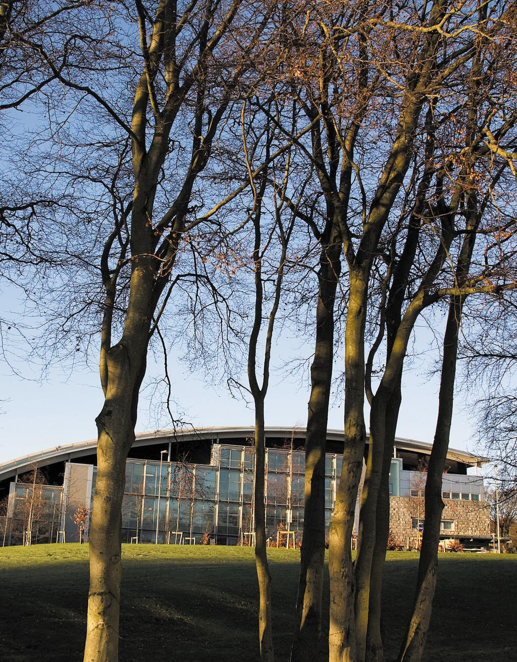 ABOUT RGU RGU is considered one of Scotland s New Universities but its history actually dates back to the 1600s.