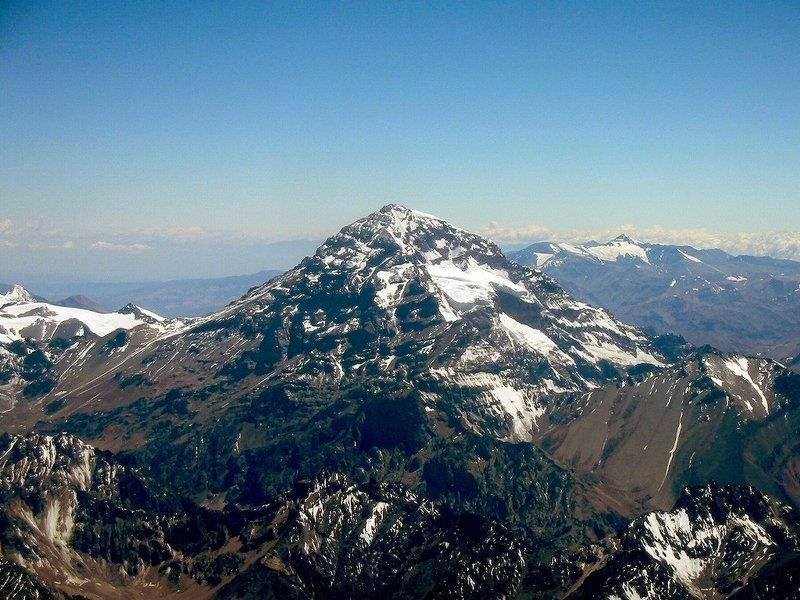 Andes Mountains Longest mountain range in the world Stretches 4,500 miles from north to
