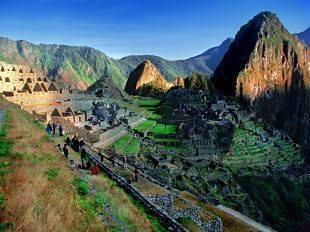 Not only is it home to historical buildings and temples, but it also has spectacular terraced landscapes and open views to the Urubamba valley. Spend the night at your hotel in the Sacred Valley.