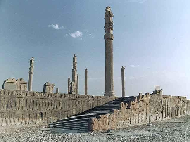PERSEPOLIS Dauris was followed by his son, Xerxes (ruled 485-465)