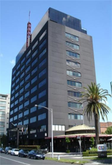 26 492 St Kilda Road, Melbourne, VIC 3 James Street and 78-118 Cherry Lane, Laverton, Victoria The property is a circa 1971 refurbished style office tower providing, ground floor retail and office