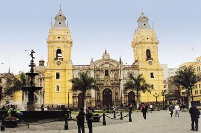 PERUVIAN TREASURES # 2 - (Night Arrival) 8 Days / 7 Nights Lima, Cusco, Machu Picchu, Pisac Indian Market and Ollantaytambo Fortress Day-by-Day Itinerary Day 1 Saturday - Lima - Arrival Arrival in
