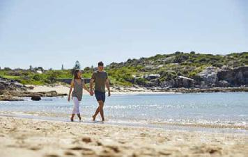 UNIVERSITY OF NEW SOUTH WALES PROXIMITY TO BEACHES SUCH AS LITTLE BAY BEACH. BUS NETWORK 1 POP 2 INF 3 EMP CALL 13 38 38 TAILORSWALK.
