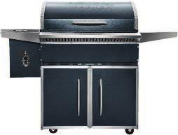 TRAEGER LIL TEX PRO SERIES WOOD PELLET GRILL Grill, smoke, bake, braise, roast or barbeque. Features 577.5 sq. in.