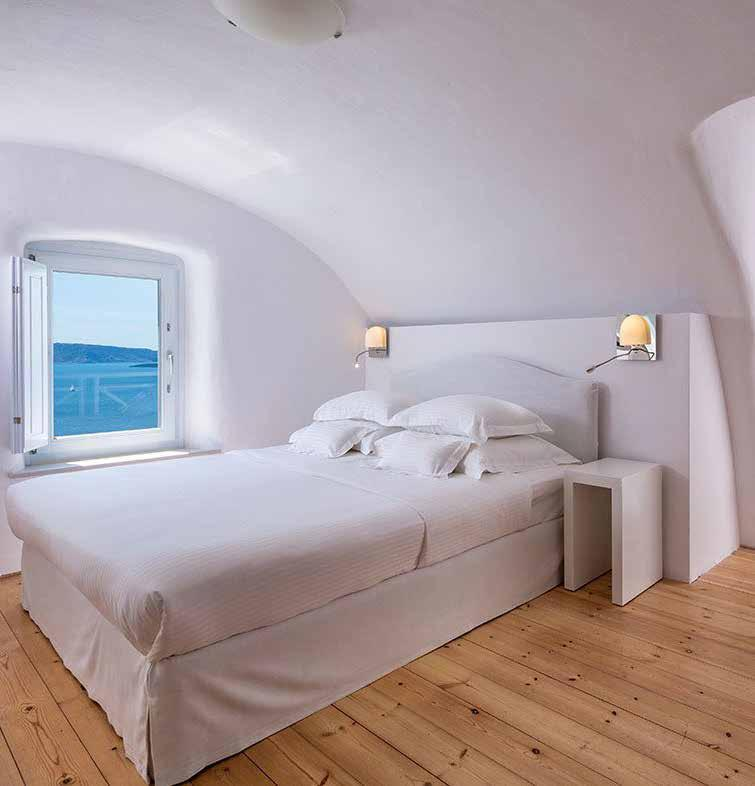 comparison in the best luxury hotel in Oia Santorini.