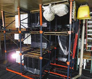 Heavy-Duty Pallet Racking Portable