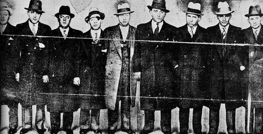 May Murder Inc History By known members: Lucky Luciano, Meyer Lansky, Bugsy Siegel, Vincent The Executioner Mangano, Louis Lepke Buchalter, Albert Mad Hatter & Lord Executioner Anastasia, Abe Kid