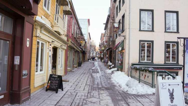 How did the early settlers like living in Quebec City in March, or even the colder months?