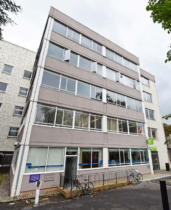 72 26 23 3.m 8 6 2 3a 3 0 DESCRIPTION Cedar House currently provides B office accommodation of approximately 38,427 sq ft (3,569.98 sq m) arranged over ground and four upper floors.