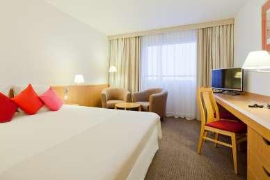 OPTION 2: Staying at 4/5* Hotels 2 nights in Krakow Novotel City West hotel **** The Novotel Krakow City West