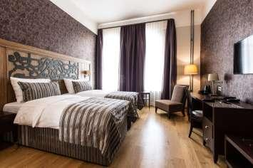 3 nights in Riga SemaraH hotel Metropole **** SemaraH Hotel Metropole is located