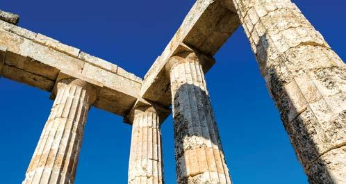 Immortalized as rich in gold in Homer s epic poems The Iliad and The Odyssey, Mycenae was a major hub of Bronze Age civilization known for its imposing structures and gold treasures.