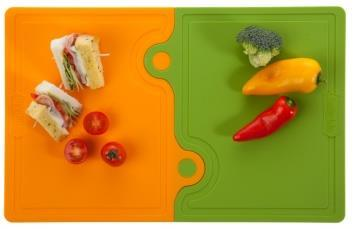 The 2 small cutting boards can be used as