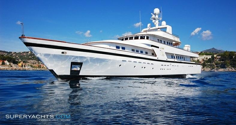 "Il Cigno 42.36m (138'11""ft) Cantieri Navali Nicolini 1985 Il Cigno Il Cigno is an amazing 43 m. motor yacht which features ample light spaces and an incredible liveability of the outdoors."
