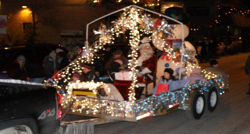 Page 2 Bigfork Area Chamber of Commerce Newsletter Holiday Parade on December 2nd Please join us for the annual Holiday Parade on December 2nd at 6pm.