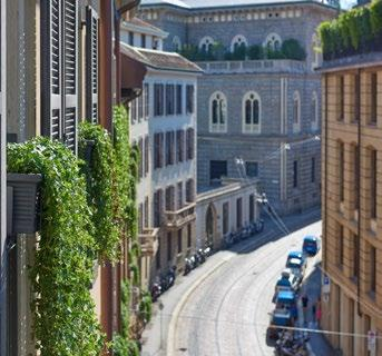 MANDARIN ORIENTAL, MILAN LOCATION A short 2-minute walk to the famous opera house, La Scala and the art district of Brera 3-minute