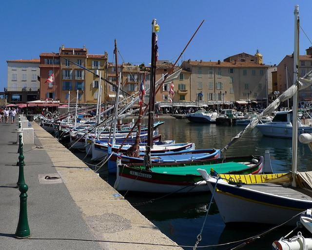 DAY 4 SAINT TROPEZ (Half Day 3 hours) Saint Tropez is a very fashionable destination and essential meeting place for jet setters.