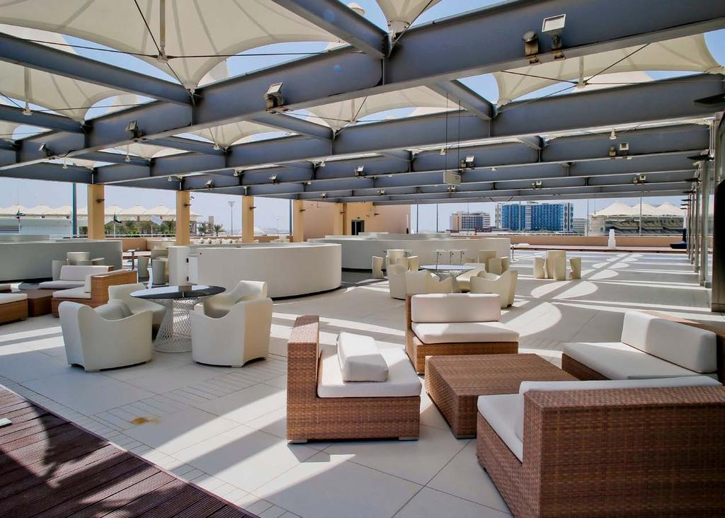 Perfect for post-conference receptions and parties, the Luna Lounge creates an extraordinary impression by offering 360 degree views of the F1 track, Yas Marina and the