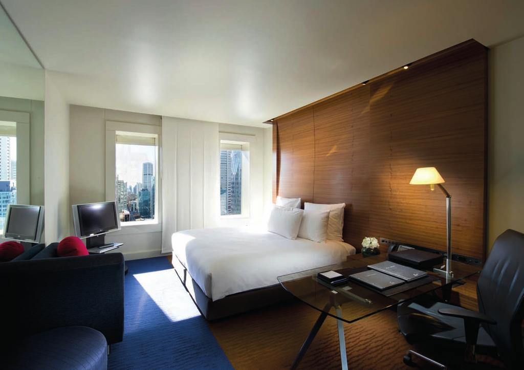 OUR ROOMS Soothing, warm tones set a welcoming mood in the beautifullyappointed guest rooms.