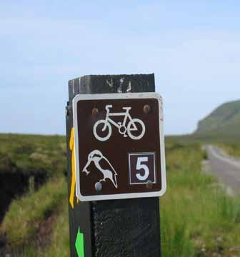 Plate 4.4: Typical Cycle Route Signage 4.0 Cycling Trails 4.4 Trail Surface 1.
