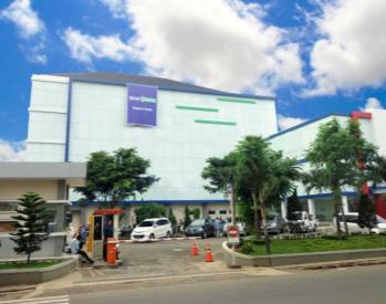 Specialists 180 Nurses Centre of Excellence : Emergency SILOAM HOSPITALS SURABAYA EAST JAVA