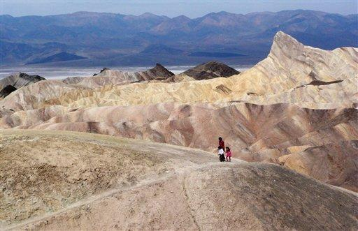 Death Valley Is a Beautiful but Dangerous Place Welcome to This Is America with VOA Learning English. Today we visit one of America s great national parks. It is a place of strange and silent beauty.