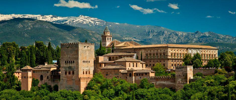 south to Andalusia via La Mancha, legendary home of Don Quixote, featuring views of its famous windmills. Arrive in the former Roman city of Córdoba for dinner and overnight.