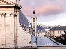 After, head up to the highest point in Paris, Montmartre (known locally as La Butte). Climb the steps to reach the Sacré-Coeur, Montmartre s hilltop church and most famous landmark.