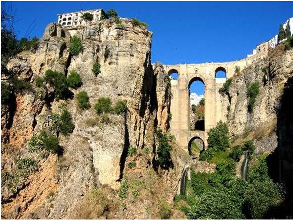 Our guide meets you in Ronda and will walk with you through Ronda s beautiful streets and showing you its ancient monuments, dating from Moorish times, leave the visitor with unforgettable memories,