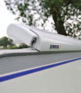 SAME AWNING BOX UP TO 5.50 M The Prostor 600 has the same awning box for length up to 5.50 m.