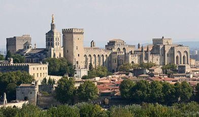 Avignon - Arrival at the Avignon train station, transfer to the Hotel for check-in - Walking tour of the city with the main highlights - Dinner at the