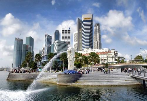 As an old trading town, Singapore is the natural