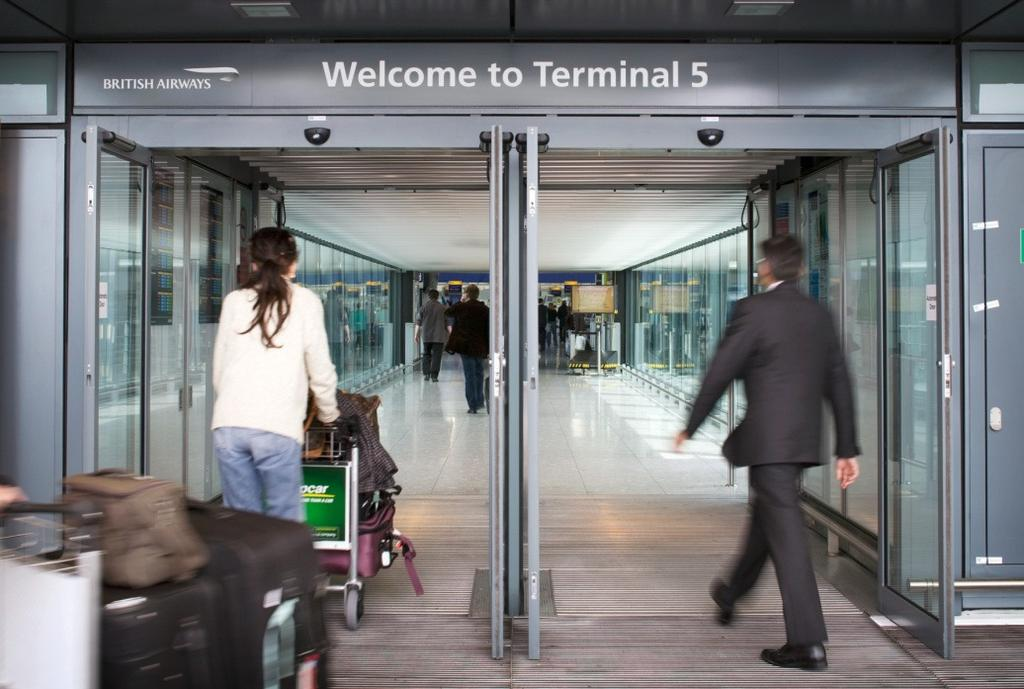 About this guide Sections About this guide Finding your way around Terminal 5 Sensory awareness What you can expect This guide is aimed at anyone who might feel a bit anxious about travelling through