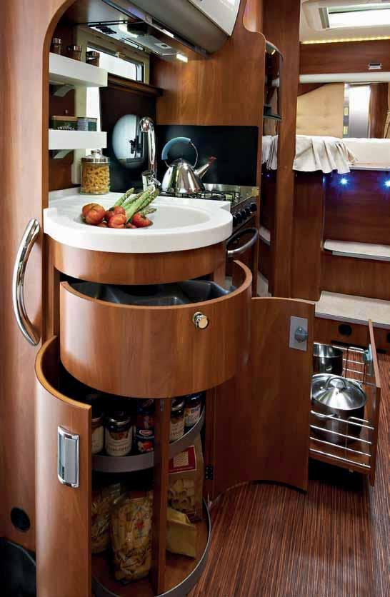 KREOS 6009 KREOS 6009 THE PLEASURE OF A YACHT-STYLE KITCHEN,